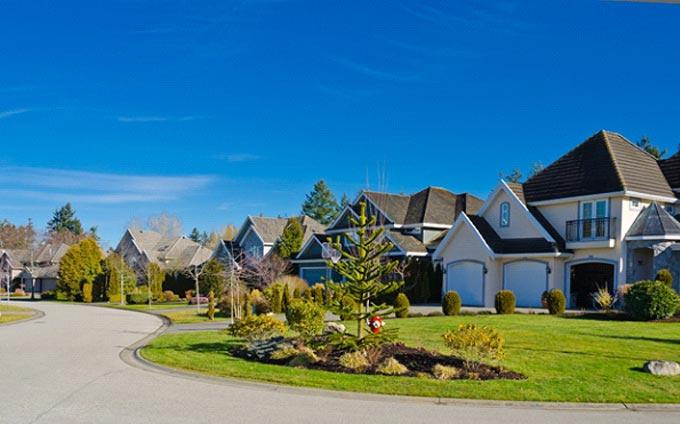 Slight Drop in Home Sales in April