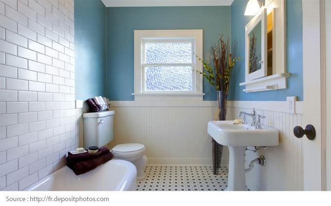 Comment mettre en valeur une salle de bains blanche? - 4