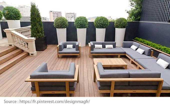 Outdoor Furniture: Wood