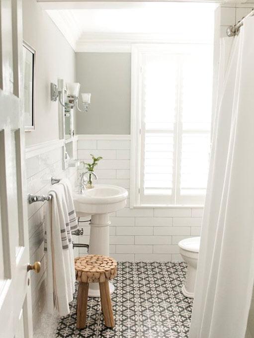 Salle de bain de type méditérranéen