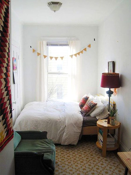 How to Arrange a Small Bedroom - Choose appropriate furniture