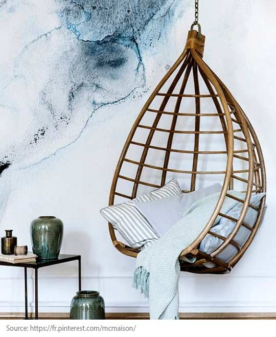 Decorating Trends: 10 Great Items to Discover! - A suspended chair